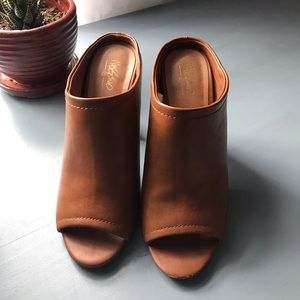 Mossimo Cognac Faux Leather Heels